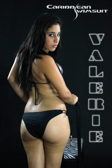 Valerie / Girl Next Door / By Antonio Lugardo / Caribbean Swimsuit